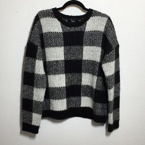 Forever 21 Black & White Plaid Fuzzy Sweater